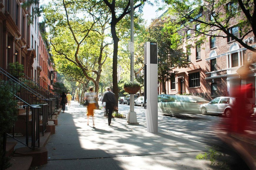 linknyc-wifi-kiosks-nyc-1024x682